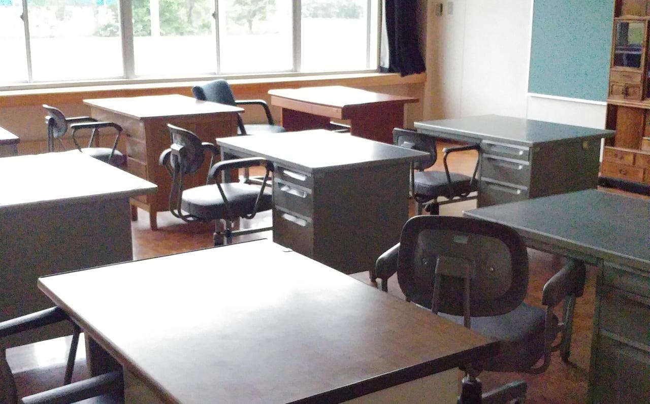 常室 コワーキングスペース 小学校